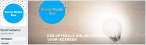 Facebook profiel en omslagfoto Social Media Duo op desktop